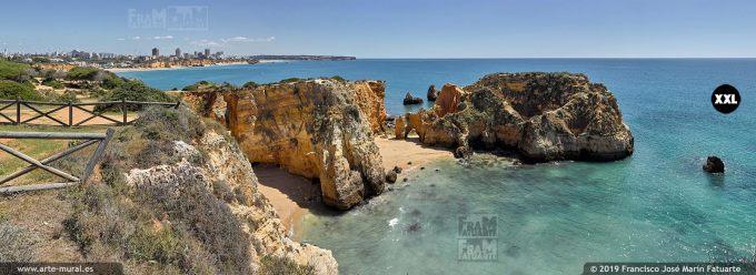 J74816F3. Joao de Arens Beach, Portimao. Algarve (Portugal)