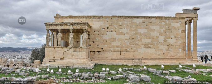 J80969F4. Erectheion temple complex on the Acropolis, Athens (Greece)