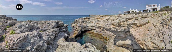 K8680205 Rocky shore near Binibeca Vell, Menorca (Spain)
