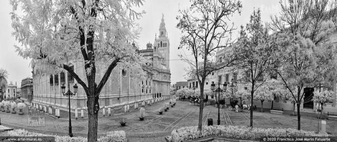 KS937110. Plaza del Triunfo