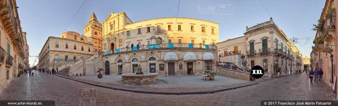 H5906006. Corso Vittorio Emanuele III. Noto main street. Sicily (Italy)