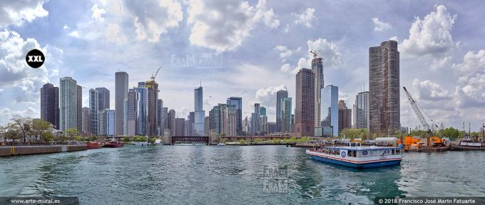 I6770363. Skyline of buildings at the mouth of the Chicago river