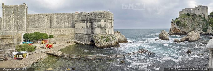 G3730808. Walls of Dubrovnik and St. Lawrence Fortress (Croacia)