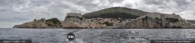 G3887604. Walls of Dubrovnik taken from sea (Croacia)