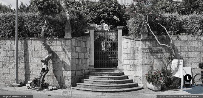 GQ127997. House entrance in Orebic (Croatia)