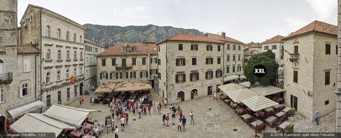 G3744812. St. Tripun's square. Kotor (Montenegro)