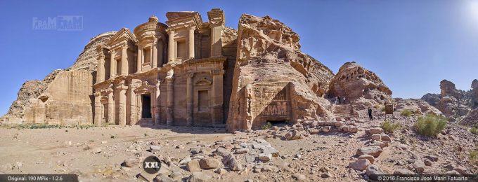 G4666306. Ad Deir  (the Monastery). Petra (Jordania)