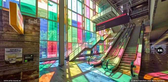 I6655553. Palais des congrès de Montréal. Canada