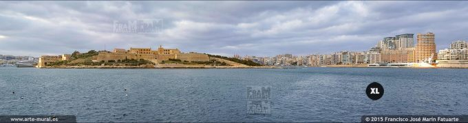 FQ0284F4. Manoel Island, and Tigne seafront
